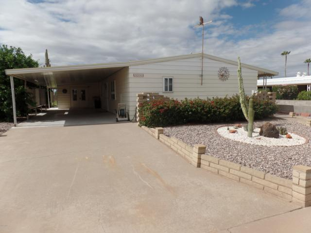 2252 N Nicklaus Drive, Mesa, AZ 85215 (MLS #5835547) :: The Garcia Group @ My Home Group