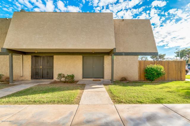 6064 W Golden Lane, Glendale, AZ 85302 (MLS #5836327) :: The Garcia Group