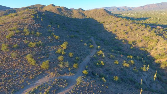 4800 E Creek Canyon Road, Cave Creek, AZ 85331 (MLS #5836670) :: Yost Realty Group at RE/MAX Casa Grande