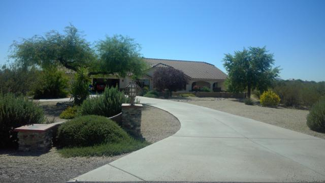 21635 W El Grande Trail, Wickenburg, AZ 85390 (MLS #5841660) :: Lifestyle Partners Team