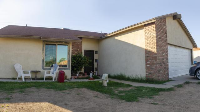 4608 N 79TH Avenue, Phoenix, AZ 85033 (MLS #5842527) :: Lifestyle Partners Team