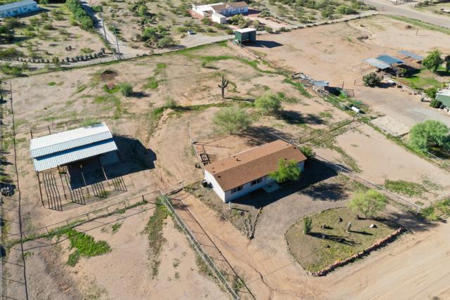 22623 W Bramble Berry Lane, Wittmann, AZ 85361 (MLS #5842874) :: The Garcia Group