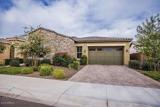 634 W Cantebria Drive, Gilbert, AZ 85233 (MLS #5847323) :: The W Group