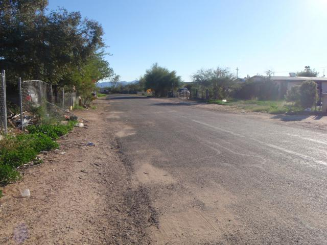 31911 N Walnut Street, Wittmann, AZ 85361 (MLS #5847529) :: The Jesse Herfel Real Estate Group
