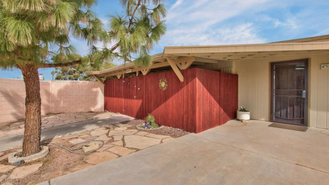 4350 E Pollack Lane, Phoenix, AZ 85042 (MLS #5847829) :: The Daniel Montez Real Estate Group