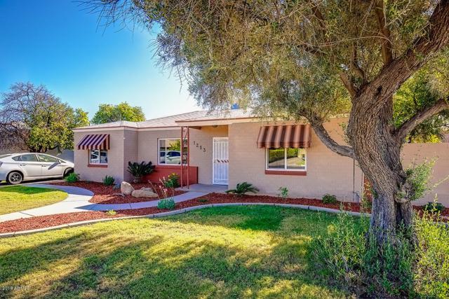 1253 E Cambridge Avenue, Phoenix, AZ 85006 (MLS #5849788) :: Revelation Real Estate