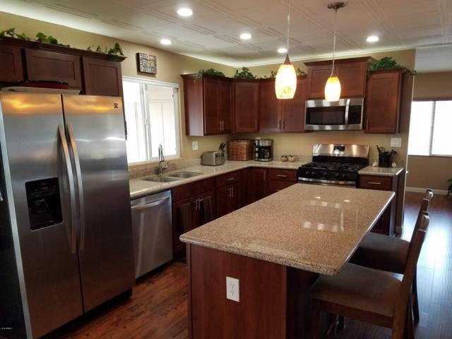 421 S 81ST Place, Mesa, AZ 85208 (MLS #5849889) :: The Daniel Montez Real Estate Group