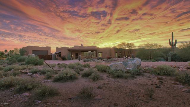 10749 E Running Water Drive, Gold Canyon, AZ 85118 (MLS #5852655) :: The Kenny Klaus Team
