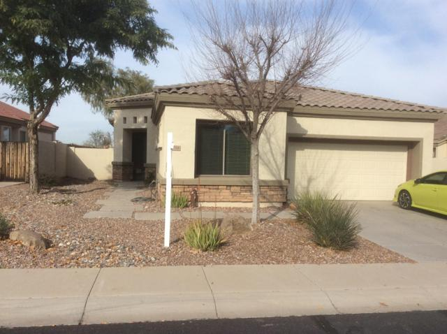 6754 S St Andrews Way, Gilbert, AZ 85298 (MLS #5854328) :: Kortright Group - West USA Realty