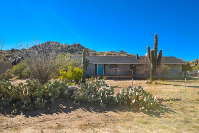 25230 Gold Dollar Road, Congress, AZ 85332 (MLS #5854985) :: Yost Realty Group at RE/MAX Casa Grande