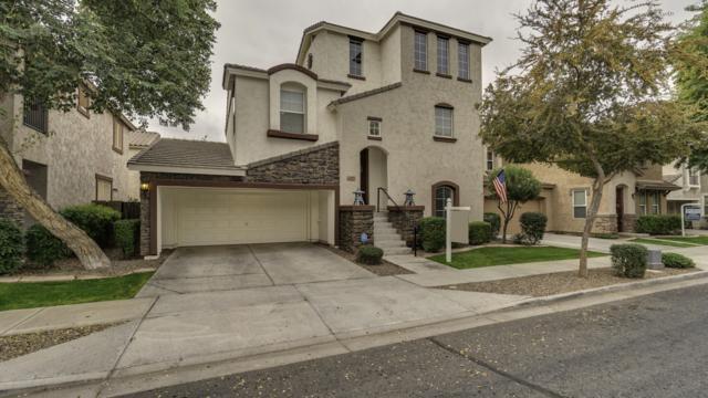 4257 E Carla Vista Drive, Gilbert, AZ 85295 (MLS #5855312) :: The W Group