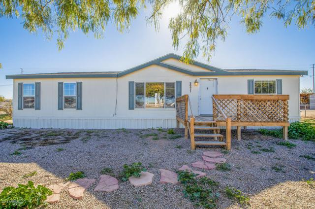 26621 W Shangra La, Casa Grande, AZ 85193 (MLS #5857213) :: Yost Realty Group at RE/MAX Casa Grande