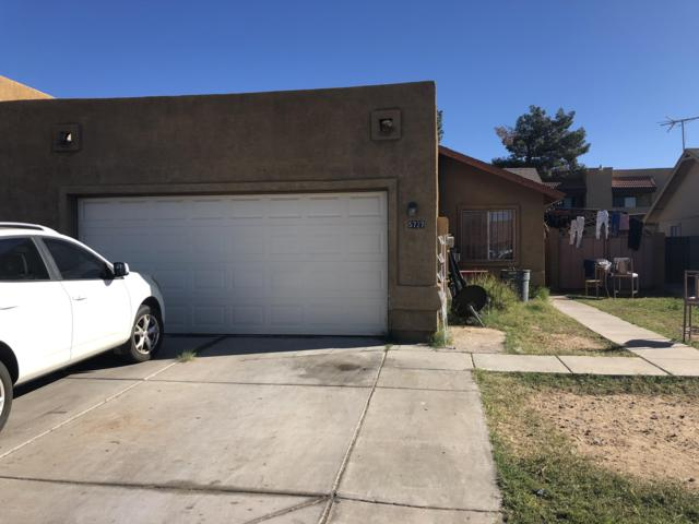 5727 N 67TH Drive, Glendale, AZ 85303 (MLS #5857398) :: Kortright Group - West USA Realty