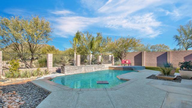 2404 W Woburn Lane, Phoenix, AZ 85085 (MLS #5857789) :: The C4 Group