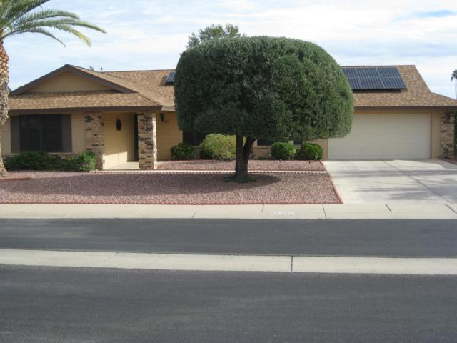 18211 N 137TH Drive, Sun City West, AZ 85375 (MLS #5858463) :: Brett Tanner Home Selling Team