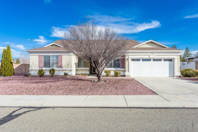 7489 N Windy Walk Way, Prescott Valley, AZ 86315 (MLS #5858937) :: Conway Real Estate