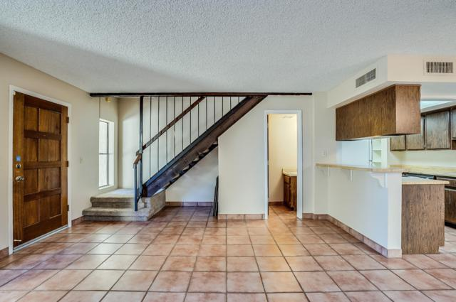 8653 S 51ST Street #2, Phoenix, AZ 85044 (MLS #5859823) :: Yost Realty Group at RE/MAX Casa Grande