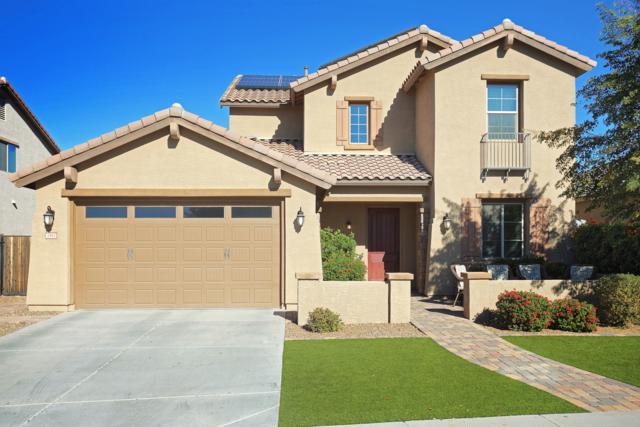 2552 E Plum Street, Gilbert, AZ 85298 (MLS #5861267) :: The W Group