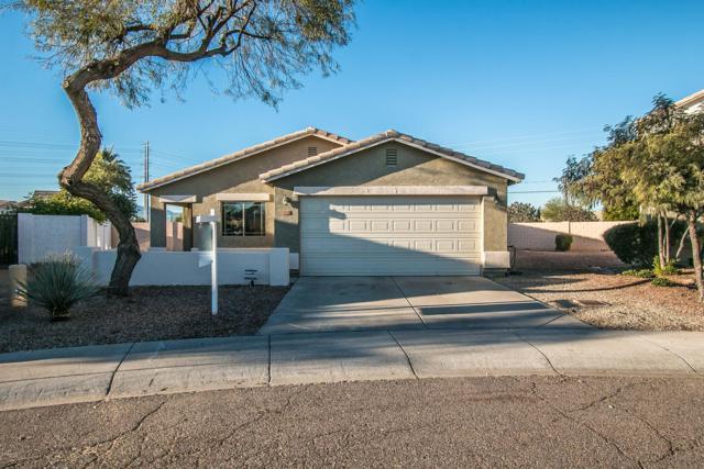 3322 S 66TH Lane, Phoenix, AZ 85043 (MLS #5863649) :: The W Group