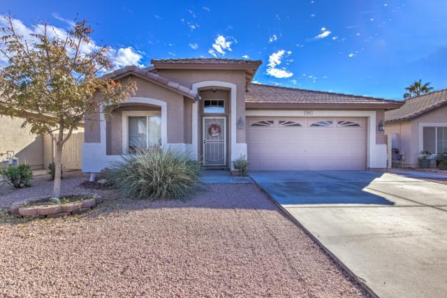 709 E Redondo Drive, Gilbert, AZ 85296 (MLS #5865966) :: The W Group