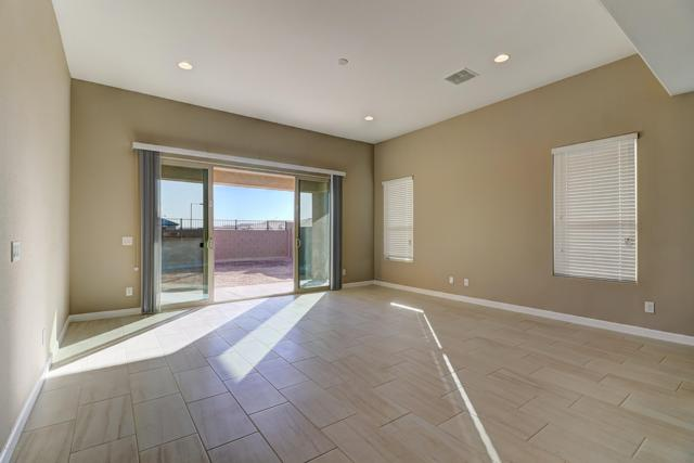 13839 W Briles Road, Peoria, AZ 85383 (MLS #5867376) :: The Bill and Cindy Flowers Team