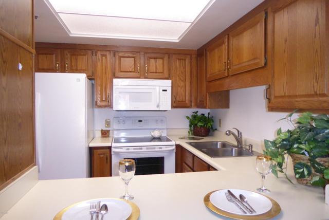 10330 W Thunderbird Boulevard A302, Sun City, AZ 85351 (MLS #5867780) :: The Daniel Montez Real Estate Group