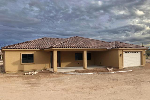 265 Shawnee Drive, Wickenburg, AZ 85390 (MLS #5869123) :: Conway Real Estate