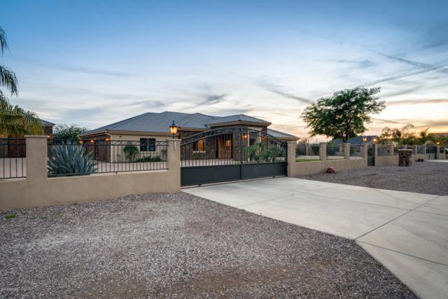 8117 W Patrick Lane, Peoria, AZ 85383 (MLS #5869168) :: Brett Tanner Home Selling Team