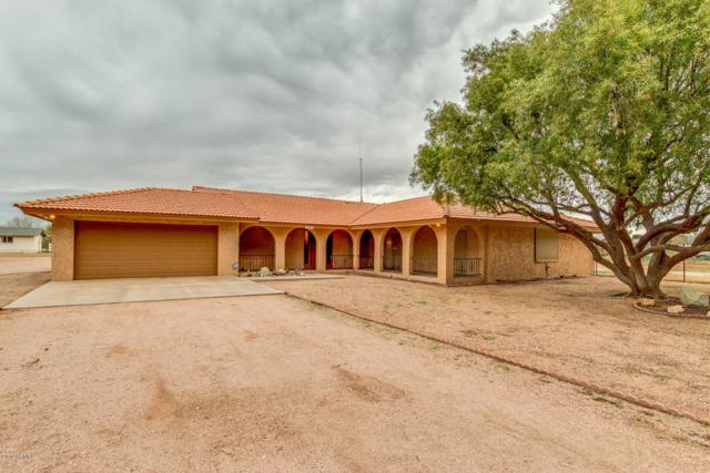 2828 E Redfield Road, Gilbert, AZ 85234 (MLS #5870320) :: The Everest Team at My Home Group
