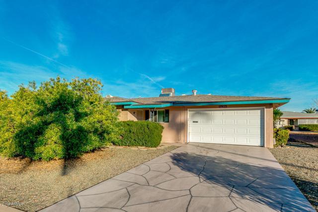 6050 E Akron Street, Mesa, AZ 85205 (MLS #5870393) :: The Everest Team at My Home Group