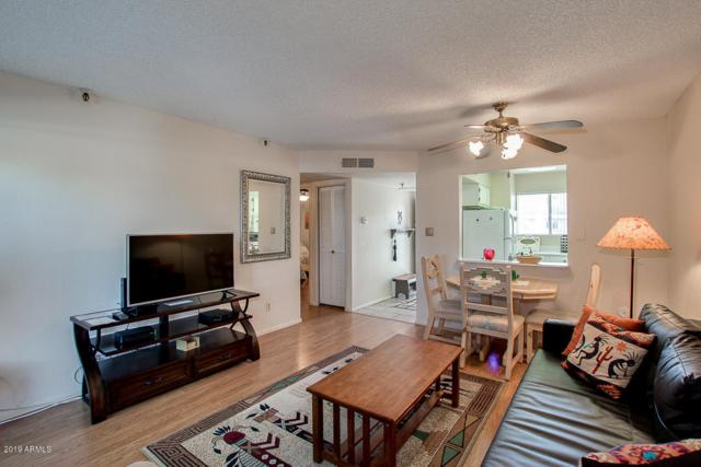 7474 E Earll Drive #205, Scottsdale, AZ 85251 (MLS #5870481) :: The Everest Team at My Home Group