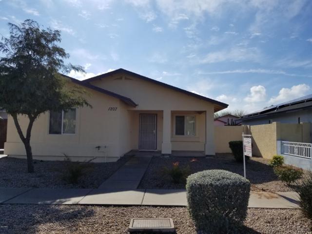 1207 W Alta Vista Road, Phoenix, AZ 85041 (MLS #5870857) :: Santizo Realty Group