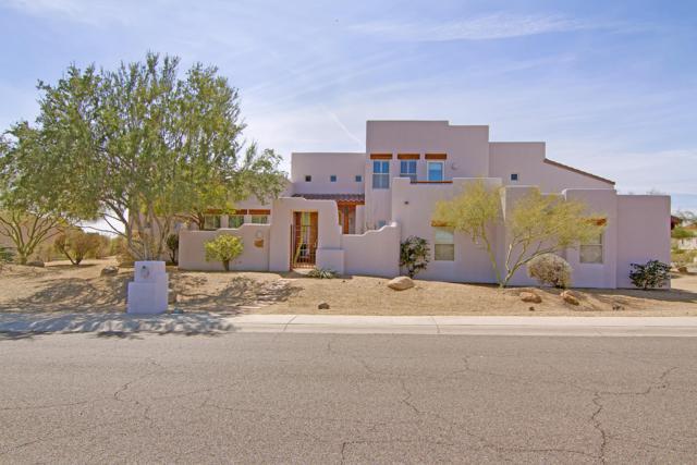 3601 E Ahwatukee Drive, Phoenix, AZ 85044 (MLS #5872334) :: Yost Realty Group at RE/MAX Casa Grande