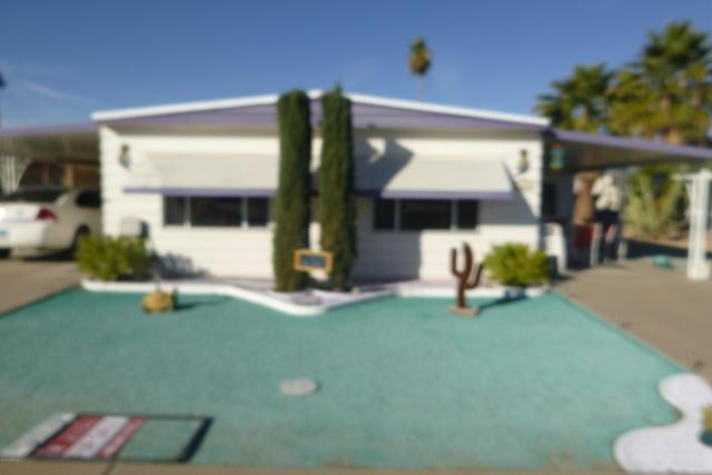 2300 N Floyd Drive, Mesa, AZ 85215 (MLS #5874513) :: RE/MAX Excalibur