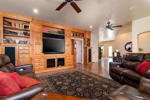 4173 N Wolverine Pass Road, Apache Junction, AZ 85119 (MLS #5877416) :: Lucido Agency