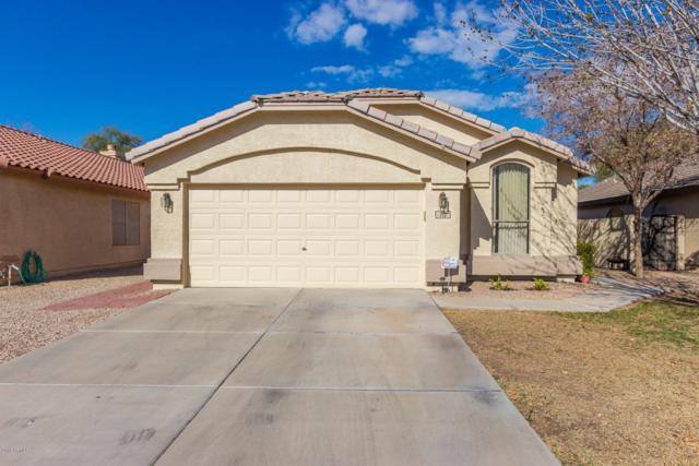 712 E Kyle Drive, Gilbert, AZ 85296 (MLS #5878460) :: Yost Realty Group at RE/MAX Casa Grande