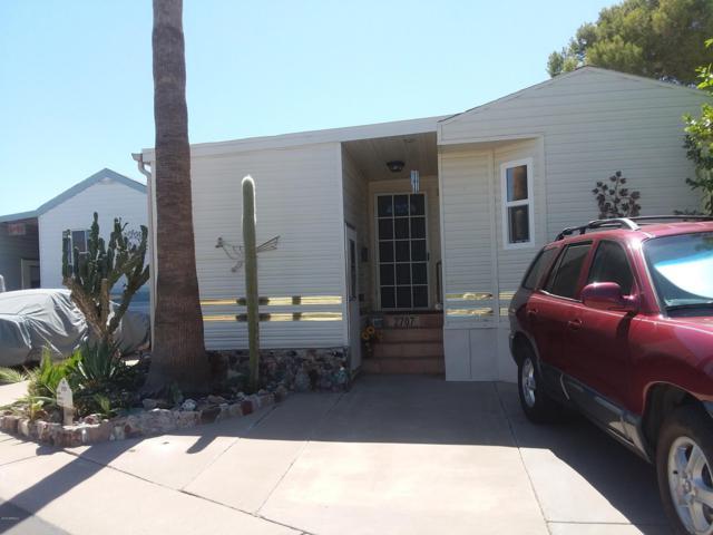 2707 W Taos Avenue, Apache Junction, AZ 85119 (MLS #5879595) :: Brett Tanner Home Selling Team