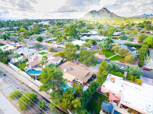 5225 N Woodmere Fairway, Scottsdale, AZ 85250 (MLS #5880254) :: Lucido Agency