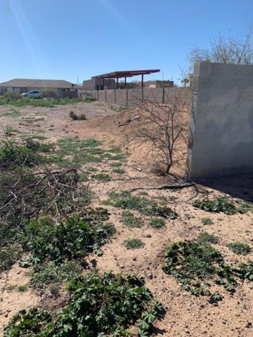 8356 W Sandy Lane, Arizona City, AZ 85123 (MLS #5880463) :: Lux Home Group at  Keller Williams Realty Phoenix