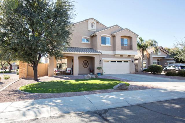 1295 E Bluebird Drive, Gilbert, AZ 85297 (MLS #5880533) :: The W Group