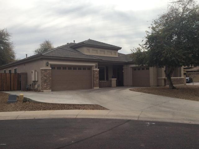 7401 N 84TH Avenue, Glendale, AZ 85305 (MLS #5881655) :: CC & Co. Real Estate Team