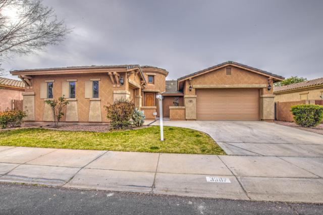 3387 E Raven Drive, Chandler, AZ 85286 (MLS #5883248) :: The W Group