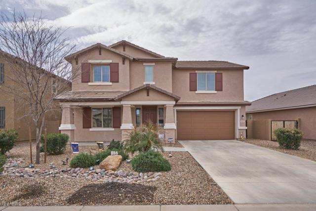 813 W Desert Glen Drive, San Tan Valley, AZ 85143 (MLS #5883322) :: Yost Realty Group at RE/MAX Casa Grande