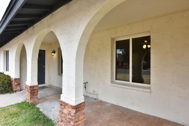 2018 E Colgate Drive, Tempe, AZ 85283 (MLS #5883405) :: Yost Realty Group at RE/MAX Casa Grande