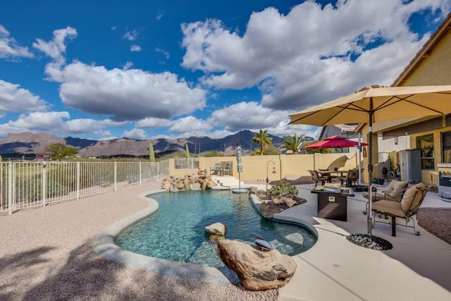 4238 S Strong Box Road, Gold Canyon, AZ 85118 (MLS #5883992) :: The Pete Dijkstra Team