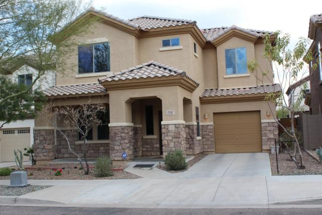 7717 S 37TH Way, Phoenix, AZ 85042 (MLS #5885124) :: The C4 Group