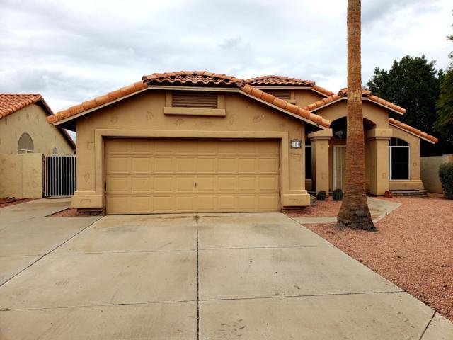 380 W Smoke Tree Road, Gilbert, AZ 85233 (MLS #5885512) :: The Ford Team
