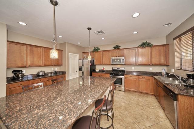 2034 S Martingale Road, Gilbert, AZ 85295 (MLS #5886291) :: Yost Realty Group at RE/MAX Casa Grande