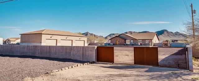 19921 E San Tan Boulevard, Queen Creek, AZ 85142 (MLS #5886410) :: Realty Executives
