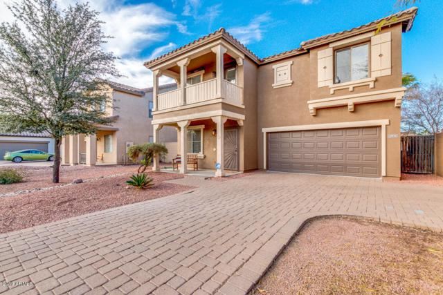 1904 S Falcon Drive, Gilbert, AZ 85295 (MLS #5886581) :: Realty Executives